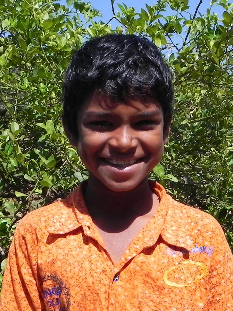 1x1_indien_kind_child_portrait_selman_sup_00
