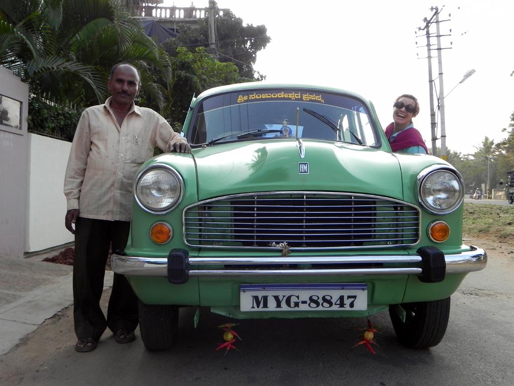 1x1_indien_taxi_ambassador_01