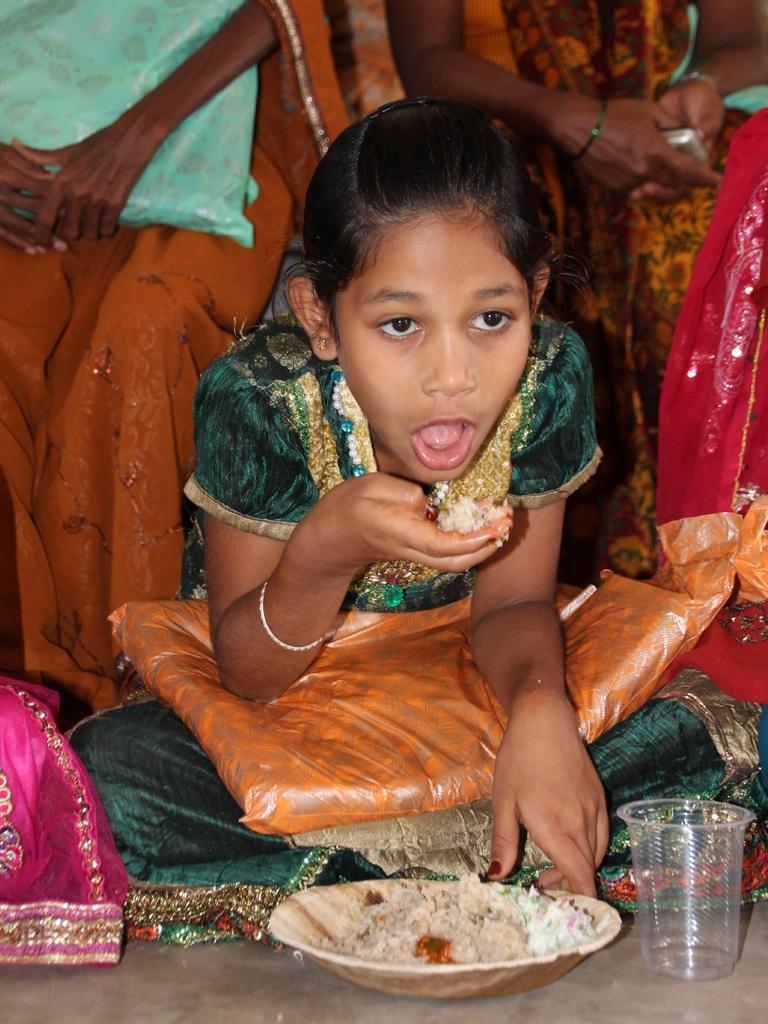 Kinder am Essen