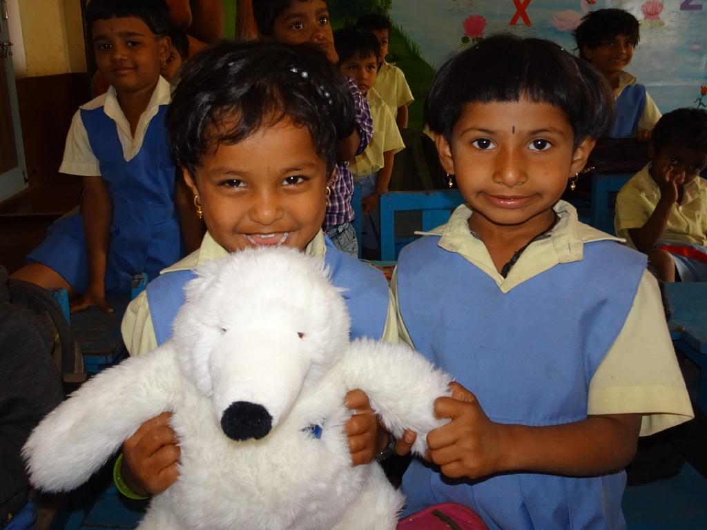 1x1_indien_kindergarten_geschenke_07