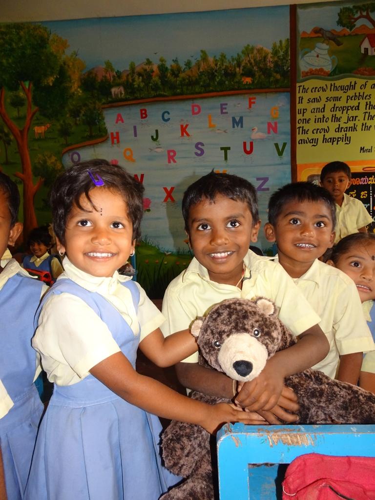 1x1_indien_kindergarten_geschenke_04