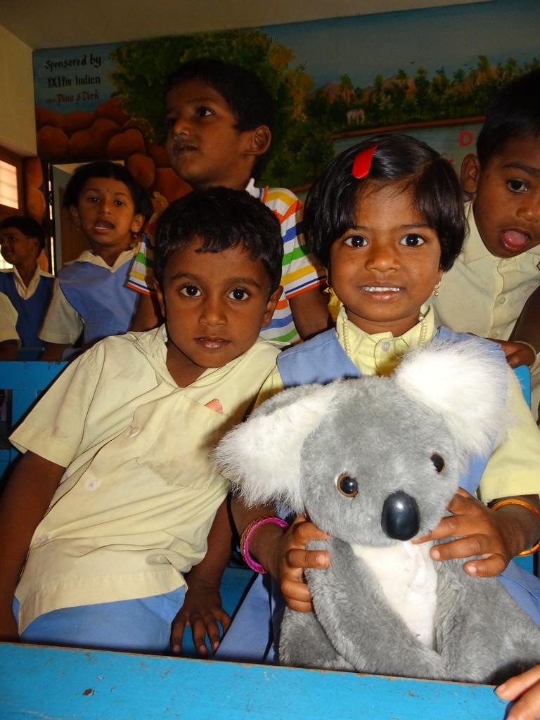 1x1_indien_kindergarten_geschenke_05