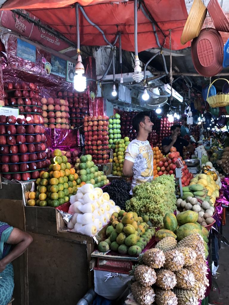 1x1_indien_markt_esswaren_einkaufen_02
