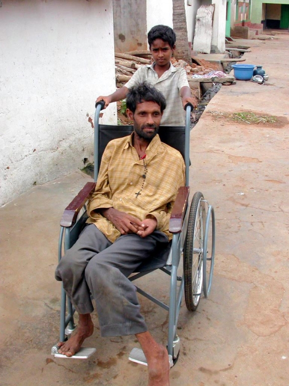 1x1_impression_babu_wheelchair_00