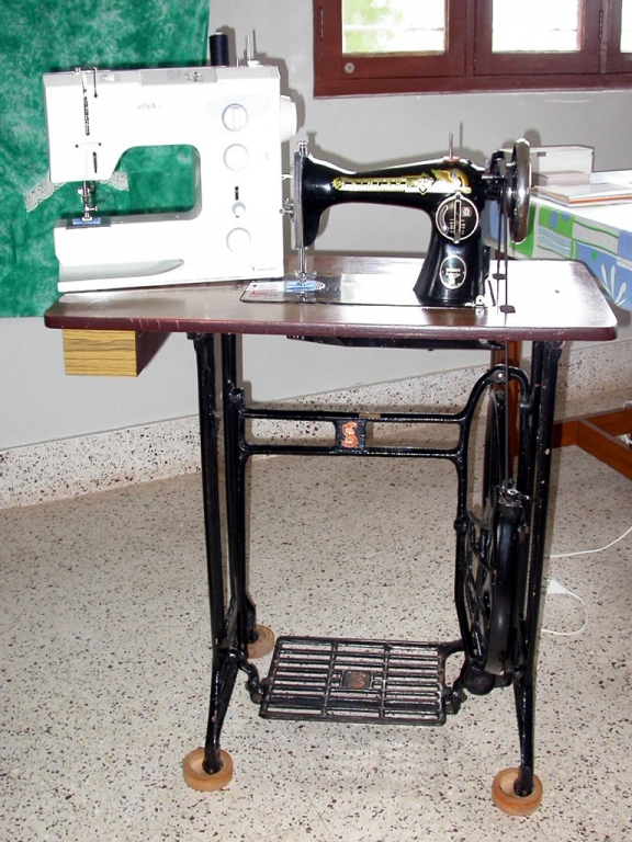1x1_tailoring_sewing_machine_old_new_00